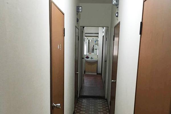 学校寮 廊下